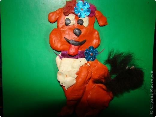 Я сделала из пластилина,ленточек,меха и блестяшек фото 1
