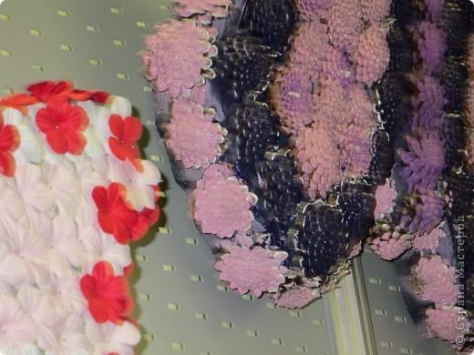 Поделки с использованием готовых форм из пиафлора для искусственных цветов, шишек, искусственных цветов, мха ягеля, репейника и даже вышулушенного соцветия подсолнуха  фото 6