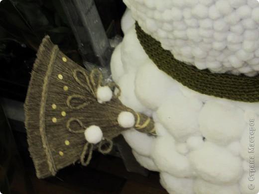 Поделки с использованием готовых форм из пиафлора для искусственных цветов, шишек, искусственных цветов, мха ягеля, репейника и даже вышулушенного соцветия подсолнуха  фото 12
