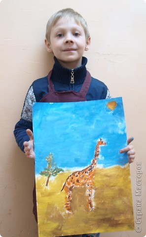 """Работы на тему зимы, Нового года занимали много времени у ребят, а они мечтали... нарисовать жирафа. После работы в студим они поочерёдно спрашивали: """"когда мы жирафа будем рисовать?"""" фото 4"""