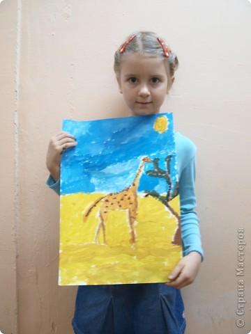 """Работы на тему зимы, Нового года занимали много времени у ребят, а они мечтали... нарисовать жирафа. После работы в студим они поочерёдно спрашивали: """"когда мы жирафа будем рисовать?"""" фото 2"""