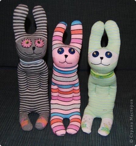 Зайчата (из носок) фото 1