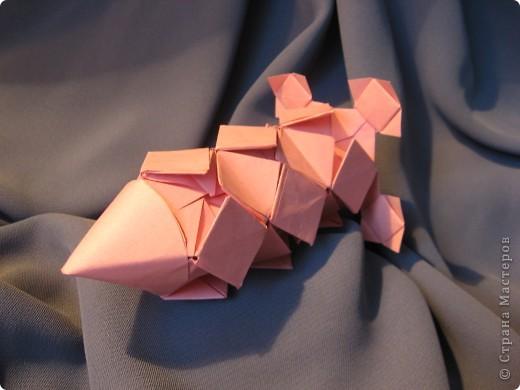 Орбитальная космическая станция. Основа - круглая коробочка, второй этаж - оригами из кругов, антенна - ватные палочки. фото 12