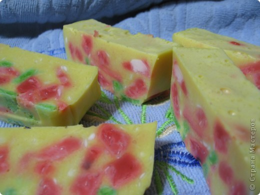 """""""Сыр с десертом""""!!! МММ вкуснятина! Сделано из детского мыла фото 3"""