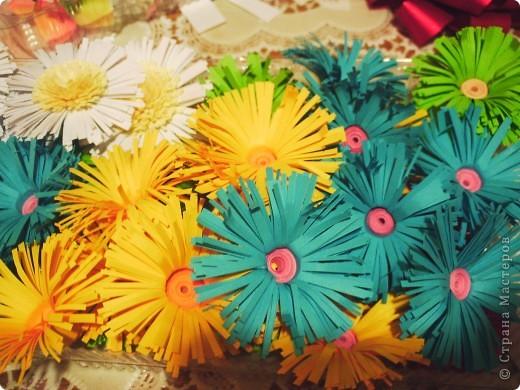 Примерка цветочков для подковки фото 3