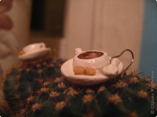 сережки -кофейные чашечки из теста  фото 6