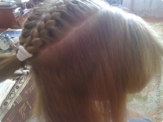 Вот решила попробовать сделать МК. И так... Делим волосы на голове на 5 частей и завязываем резнками, чтобы не мешали. фото 11