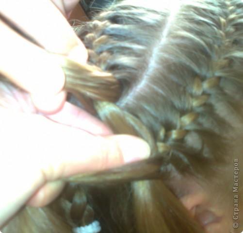 Вот решила попробовать сделать МК. И так... Делим волосы на голове на 5 частей и завязываем резнками, чтобы не мешали. фото 15