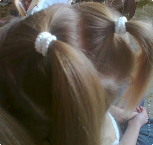 Вот решила попробовать сделать МК. И так... Делим волосы на голове на 5 частей и завязываем резнками, чтобы не мешали. фото 2
