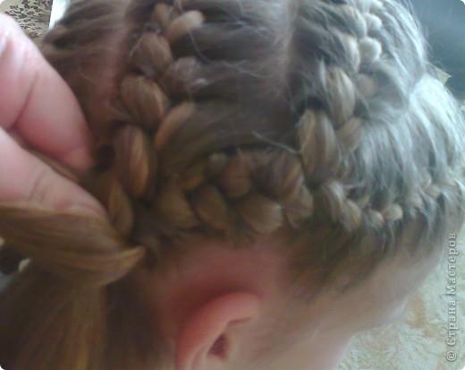 Вот решила попробовать сделать МК. И так... Делим волосы на голове на 5 частей и завязываем резнками, чтобы не мешали. фото 18