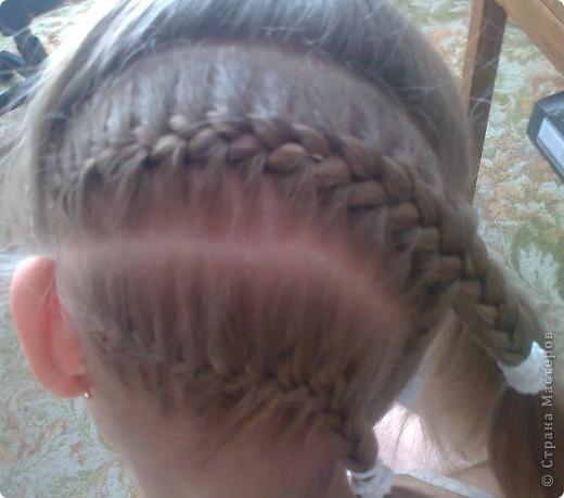 Вот решила попробовать сделать МК. И так... Делим волосы на голове на 5 частей и завязываем резнками, чтобы не мешали. фото 5