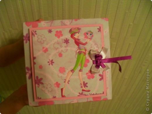 Попросила меня дочка сделать ей коробочку.  А она фанатка Winx, вот я ей и сотворила.