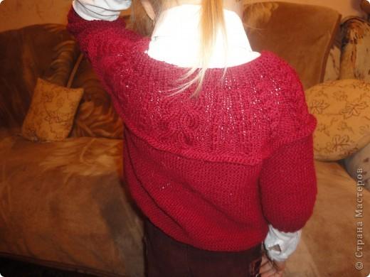 Дочери жакет очень нравится. Правда, пришлось шить еще и рубашечку под него, ну чтобы уж совсем хорошо смотрелся. фото 3