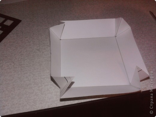 Нам понадобится картон,клей ножницы, салфетки фото 8