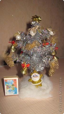 Мои новогодние украшения часов и бра в коридоре. фото 8