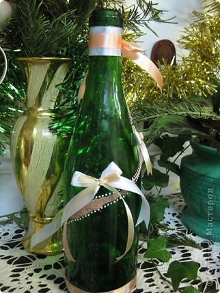 """моё новое изобетение :))))) теперь уже и с бутылочкой (бутылочка делается впервые)! та-дам! Знаю, что не очень аккуратная работа, но все равно симпатично на мой взгляд. Кстати, эта работа сделана из моего """"первого блина комом"""", ну то есть первой пережареной пластики и до неё добралась :))))) фото 12"""