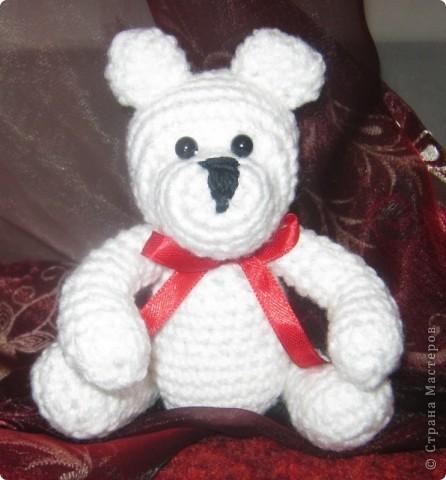 Наверное у каждой маленькой девочки в детстве был такой мишка,которого можно было потискать, прижать к сердцу и уложить с собой спать. фото 5