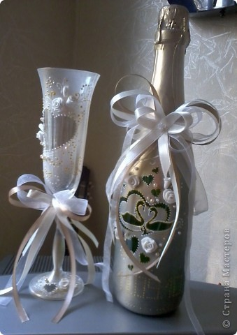 свадебные бокалы и бутылка фото 2