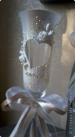 свадебные бокалы и бутылка фото 3