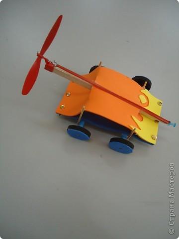 Машина,приводящаяся в движение вращением лопости..., фото 2