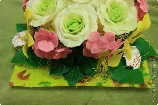 Цветочная композиция из полимерной глины фото 3