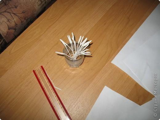 Для создания лилии (три раскрытых цветка и бутон) необходимо нарезать 18 проволочек 0,2-0,3мм по 18 см. каждая фото 11