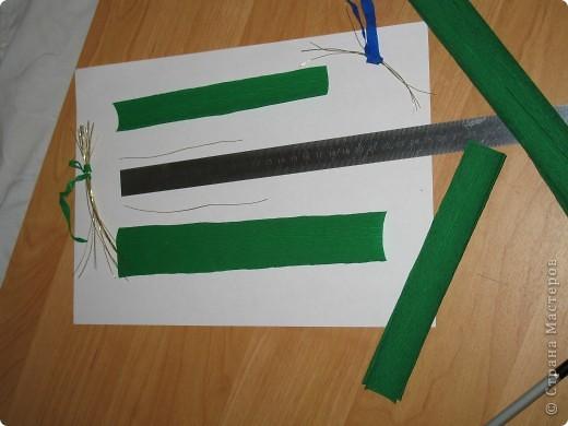 Для создания лилии (три раскрытых цветка и бутон) необходимо нарезать 18 проволочек 0,2-0,3мм по 18 см. каждая фото 20
