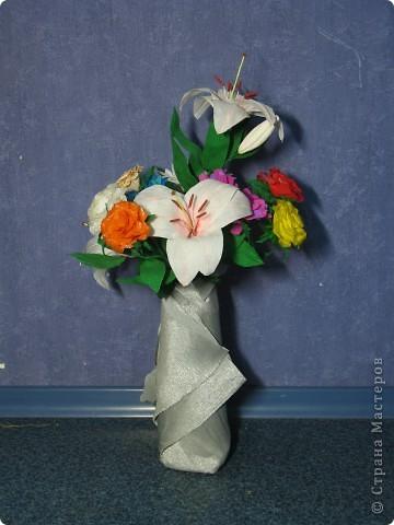 Для создания лилии (три раскрытых цветка и бутон) необходимо нарезать 18 проволочек 0,2-0,3мм по 18 см. каждая фото 32