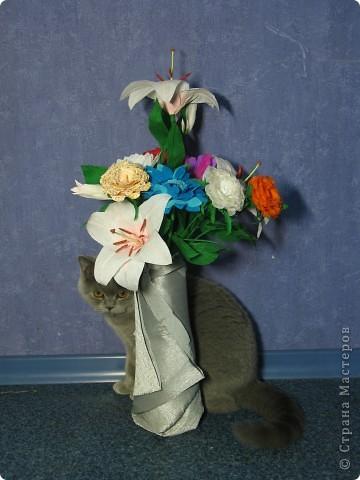 Для создания лилии (три раскрытых цветка и бутон) необходимо нарезать 18 проволочек 0,2-0,3мм по 18 см. каждая фото 33
