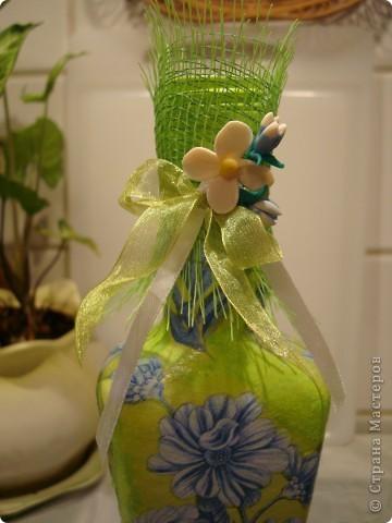 Продолжаю декорировать бутылочки.Не все получилось так, как замышляла вначале. Но результат решила всеже показать. фото 6