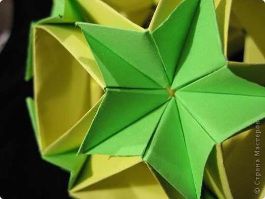 Вот такие нежно-зеленые и желто-солнечные получились у меня открытка и кусудама фото 7