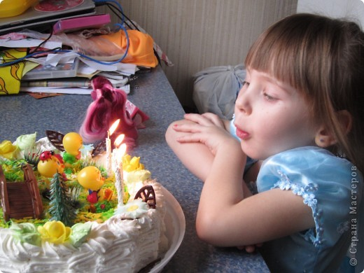 Вот такой тортик (покупной) подарила внучке на 4 года.  фото 5