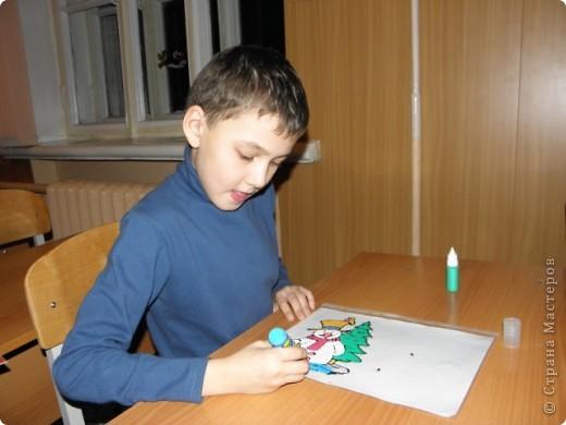 непонятно,кому больше было интересно : детям или взрослым?! по отзывам родителей все получили удовольствие от работы с витражными красками! фото 5