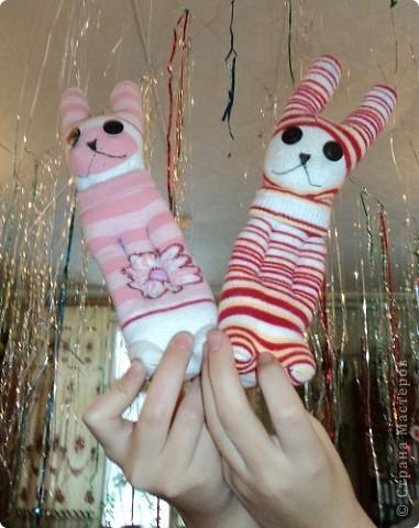 Мои первые зайчата из носков. фото 4
