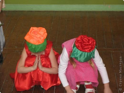 Вот такие шапочки были сшиты к празднику 8 марта. фото 2
