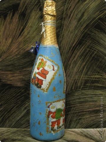 В этом году к новому году по маминой просьбе делала серию праздничных бутылочек - коллегам на работу, преподавателям и т.д. Пару бутылок остались не сфотографированными, к сожалению. Выкладываю, раньше не собралась ((( фото 5