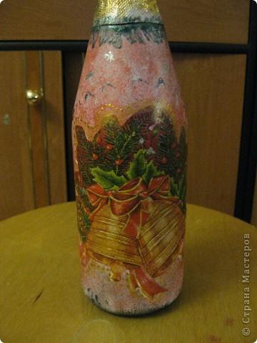 В этом году к новому году по маминой просьбе делала серию праздничных бутылочек - коллегам на работу, преподавателям и т.д. Пару бутылок остались не сфотографированными, к сожалению. Выкладываю, раньше не собралась ((( фото 11