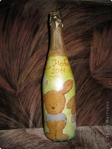 В этом году к новому году по маминой просьбе делала серию праздничных бутылочек - коллегам на работу, преподавателям и т.д. Пару бутылок остались не сфотографированными, к сожалению. Выкладываю, раньше не собралась ((( фото 12