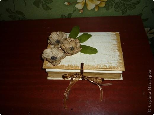 вот такая у меня получилась шкатулка с цветами из этой же книги фото 1