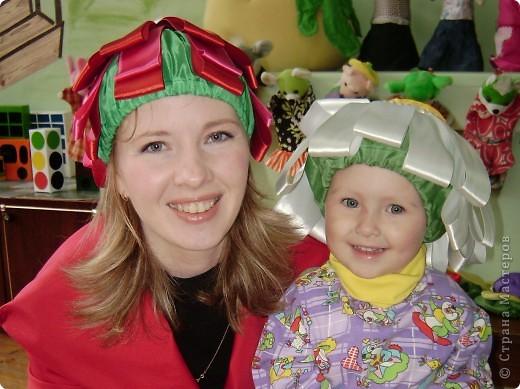 Вот такие шапочки были сшиты к празднику 8 марта. фото 1