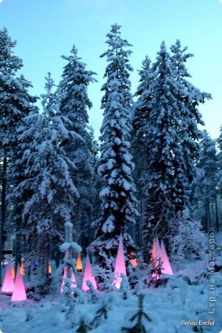 Подъезжаем к парку Санта Клауса фото 1