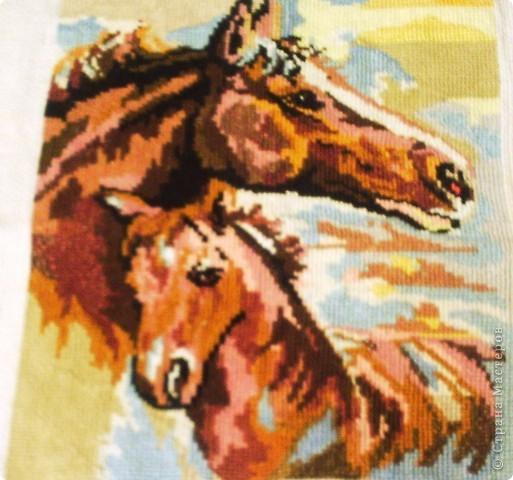 Лошадок я долго вышивала. Помаленечку, потихонечку, чаще по ночам... фото 1
