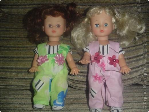 Принесли к нам таких двух куколок. Это куклы наших подружек двойнящек.  фото 3