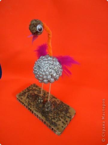 Фламинго.Поделка из шишек. фото 2