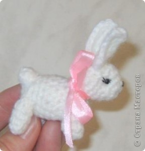 такого кролика я связала по описанию от ElenaNikitina. Его сшивать дольше, чем вязать :)