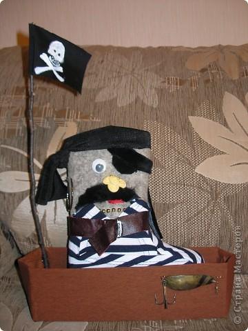 Пират и кошечка сделаны по случаю праздника валенка в Д\С фото 3