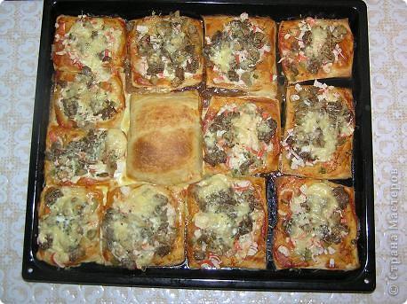 Пицца из слоеного теста фото 2