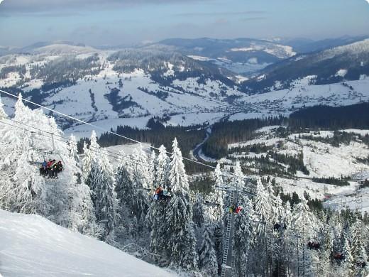 Горнолыжный курорт Плай в Карпатах – это один из самых благоприятных для отдыха с экологической точки зрения регион Украины. Красивая природа гор, чистый воздух и целебный климат – одни из главных характеристик курорта Плай фото 11