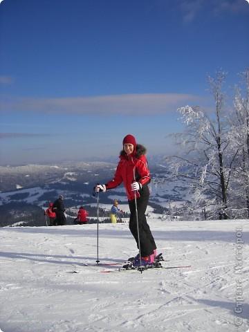 Горнолыжный курорт Плай в Карпатах – это один из самых благоприятных для отдыха с экологической точки зрения регион Украины. Красивая природа гор, чистый воздух и целебный климат – одни из главных характеристик курорта Плай фото 12