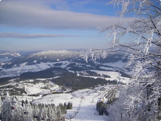 Горнолыжный курорт Плай в Карпатах – это один из самых благоприятных для отдыха с экологической точки зрения регион Украины. Красивая природа гор, чистый воздух и целебный климат – одни из главных характеристик курорта Плай фото 9